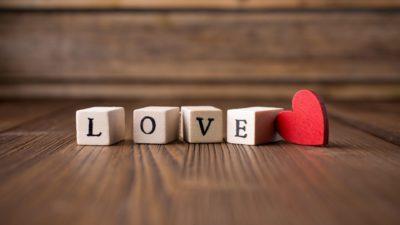 Il faut tomber amoureux : 3 faits qui prouvent que l'amour nous améliore