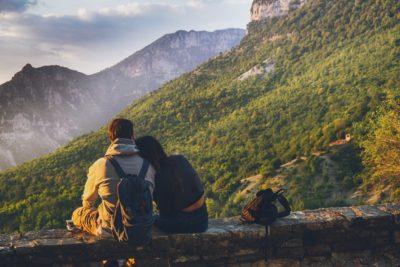 Premières vacances en couple : 4 choses à éviter